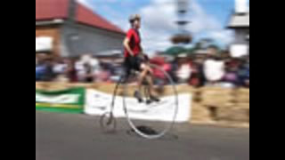 Penny Farthing Racing - Video