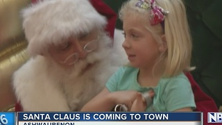 Santa's Coming To Town - Video