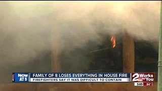 Family of 8 oses everything in morning house fire - Video