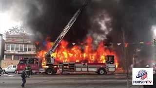 New Jersey Furniture Store Engulfed in Flames - Video