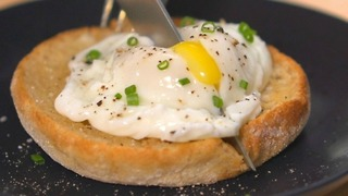 How to Make Perfect Poached Eggs - Video