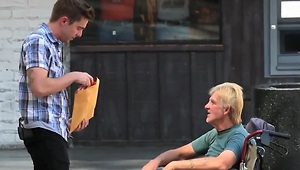 Magician pulls off generous gift prank for homeless - Video