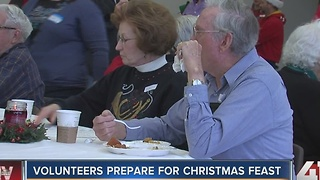 Volunteers prepare for Christmas feast - Video