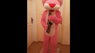 Pink Panther plays his own theme song on saxophone - Video