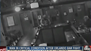Man in critical condition after Orlando bar fight - Video