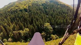 This paragliding landing fail will make you go ouch - Video