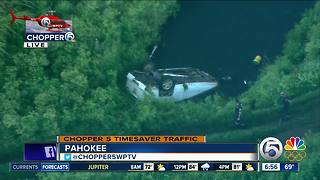 Vehicle crashes into canal in Pahokee - Video