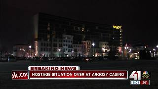 Hostage situation ends peacefully at Argosy casino hotel, police say - Video