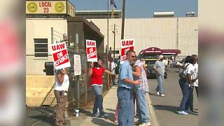 Throwback: Indianapolis General Motors employees go on strike - Video