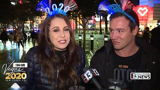 People share resolutions on Las Vegas Strip