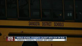 Police charge students after gun found on Sarasota school bus - Video