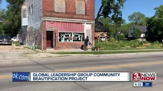 Group work on North Omaha beautification project