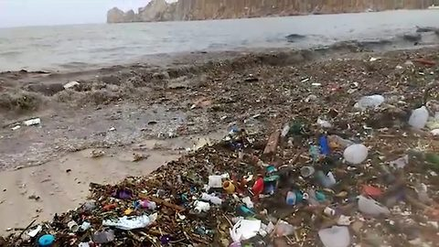 Astonishing footage shows waste decimating popular tourist beach