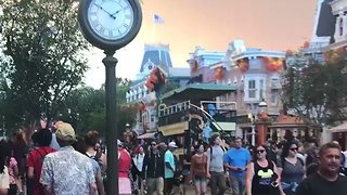 Smoke From Nearby Wildfire Casts an Eerie Pall Over Disneyland - Video