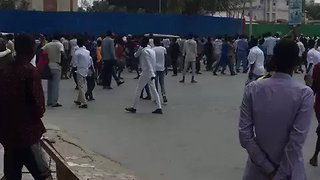 Angry Protests Erupt in Mogadishu Over Rickshaw Driver's Death - Video