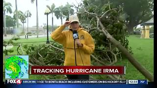 Tree branches down in Fort Myers - Video