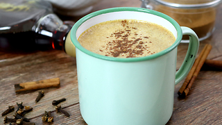 Homemade pumpkin spice latte recipe - Video