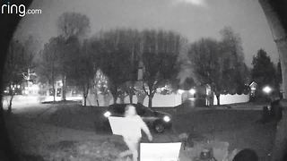 Doorbell camera catches person stealing signs from yard - Video
