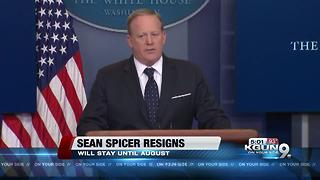 Sean Spicer resigns in White House shakeup, Sanders to take his place - Video