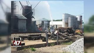 Residents react to silo fire - Video