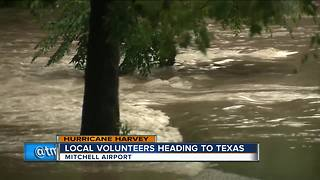 Local volunteers head to Texas to help with Hurricane Harvey - Video