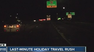 Last-minute holiday travel rush - Video