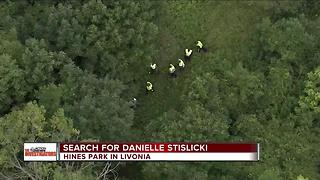 Search for Danielle Stislicki in Hines Park in Livonia - Video