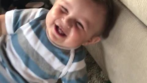 Adorable baby this mom is hilarious, can't stop laughing