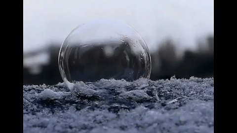 Watch These Bubbles Freeze in Minnesota's Chilly Winter Weather