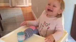 Toddler Has the Time of Her Life Playing Game With Dad - Video
