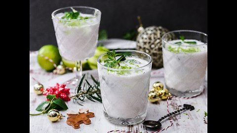 Delicious Christmas mojito recipe