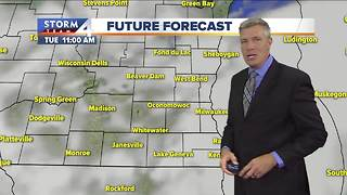 Few isolated showers possible Monday night - Video