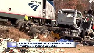 White House: 1 dead after truck hit by train carrying Congress members - Video