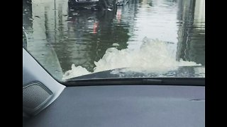 Melbourne Streets Become Waterways After Torrential Rain - Video