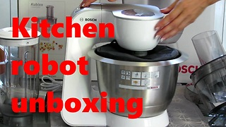 Kitchen robot unboxing  - Video