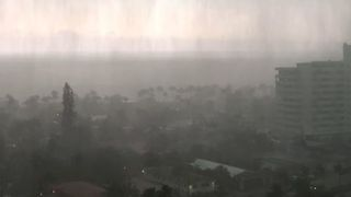Heavy Rain Pounds Fort Lauderdale as Storm Sweeps Through - Video