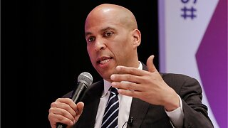 Presidential Hopeful Cory Booker Wants Clemency For Drug Offenders