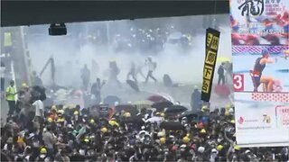 Hong Kong protestors clash with police for another day