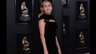 Miley Cyrus' Christmas Day features 'apology texts and conspiracy theories'