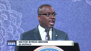 Mayor announces plan to fill vacant homes - Video