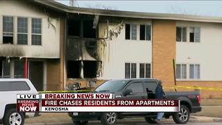 4 injured after fire breaks out at Kenosha apartment complex - Video