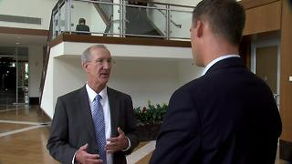 PUBLIC REACTION TO HEALTHCARE CONFUSION IN CONGRESS - Video