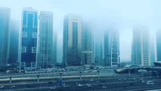 Timelapse Shows Dubai Marina Shrouded in Fog - Video