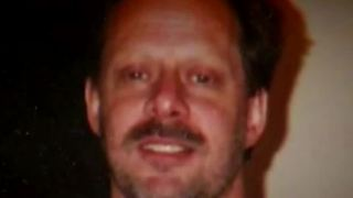 Former FBI agent analyzes Las Vegas shooter - Video