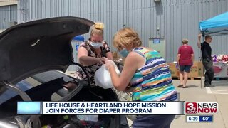 Life House, Heartland Hope Mission join forces for diaper project