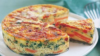 Cheesy frittata with a rich twist - Video