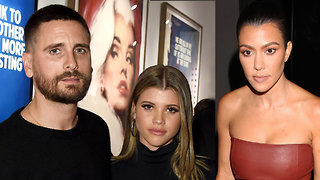 Kourtney Kardashian Has Dinner With Sofia Richie & Scott Disick