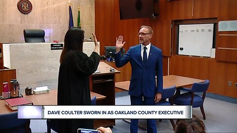 Dave Coulter sworn in as Oakland County executive