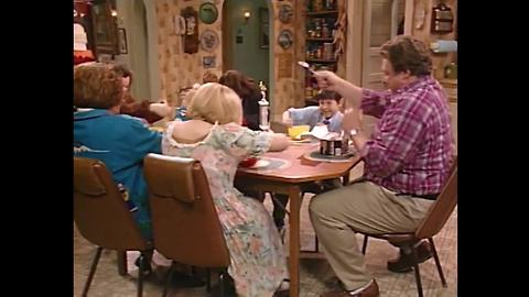 ROSEANNE: The evolution of families in television