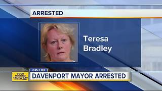 Deputies: Davenport Mayor alters handicapped permits of dead people to park at City Hall - Video